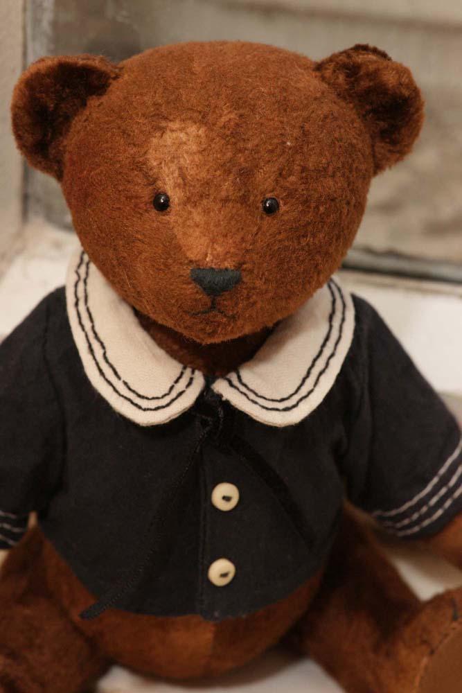 Бурый мишка Тедди
