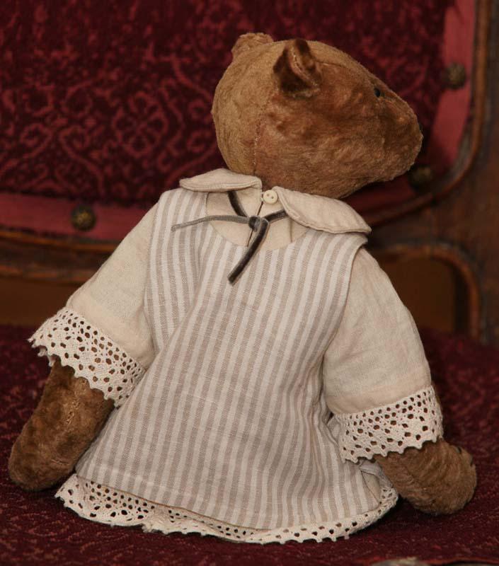 Мишка в стиле начала XX века.