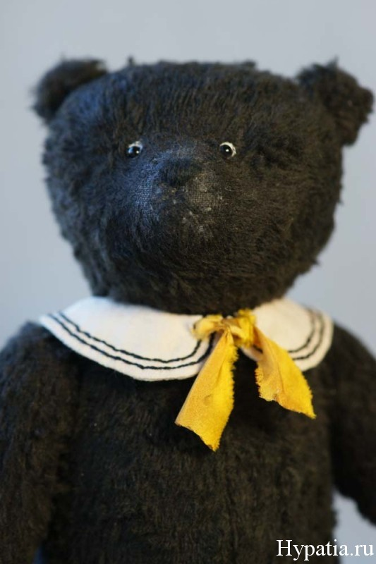 ooak artist teddy bear. Hypatia.