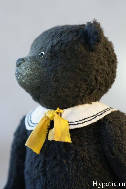 Авторский чёрный медведь Борька морячок