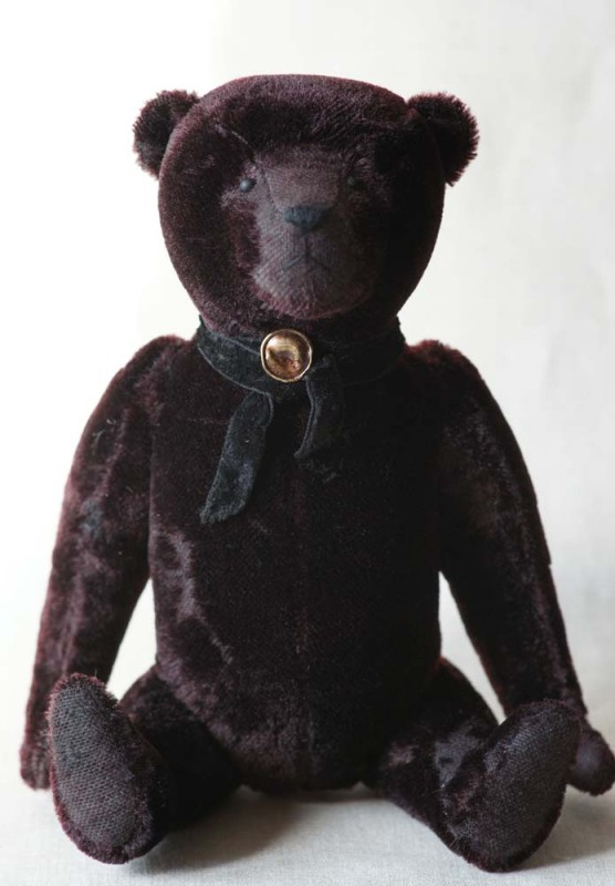 Медведь в стиле мишек тедди начала 20 века.