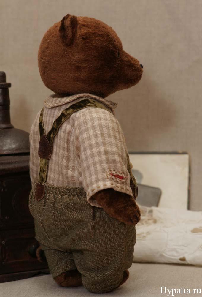 Авторский медведь с подтяжками
