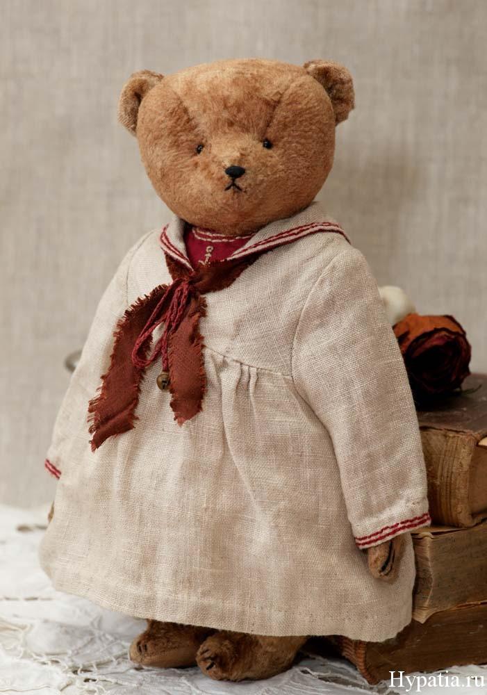 Медведь в ретро винтажном стиле