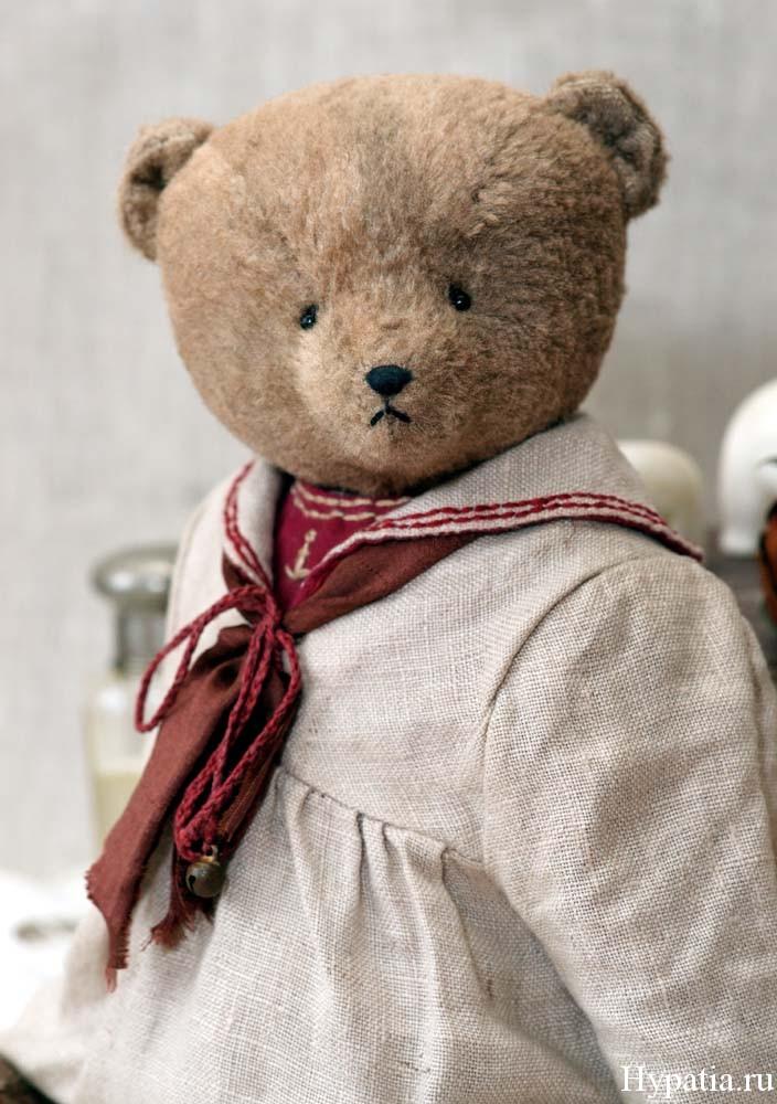 Авторские мишки ручной работы. Teddy bear in a dress with a sailor suit