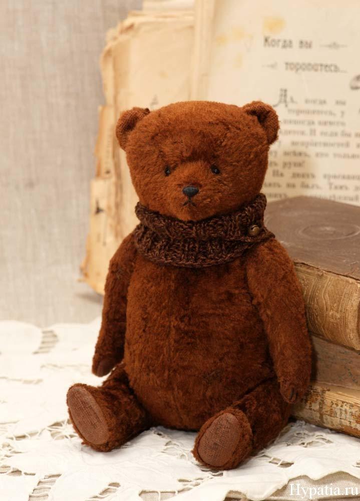 Винтажный плюшевый медведь с опилками