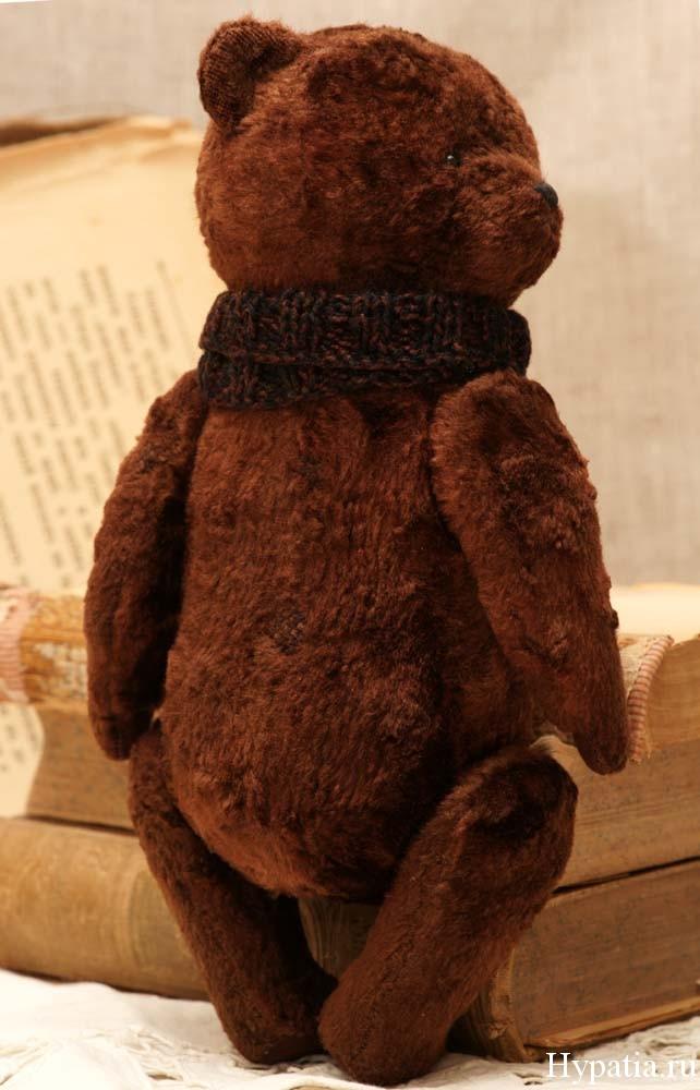 Медведь с опилками от Гипатии.
