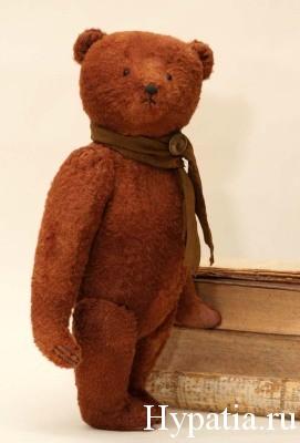 Коллекционный английский медведь.