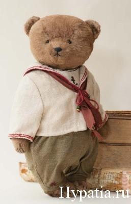 Матросский костюм для медведя мальчика ретро.