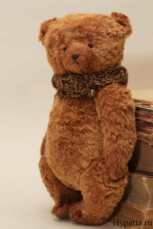 Антикварные медведи в винтажном стиле