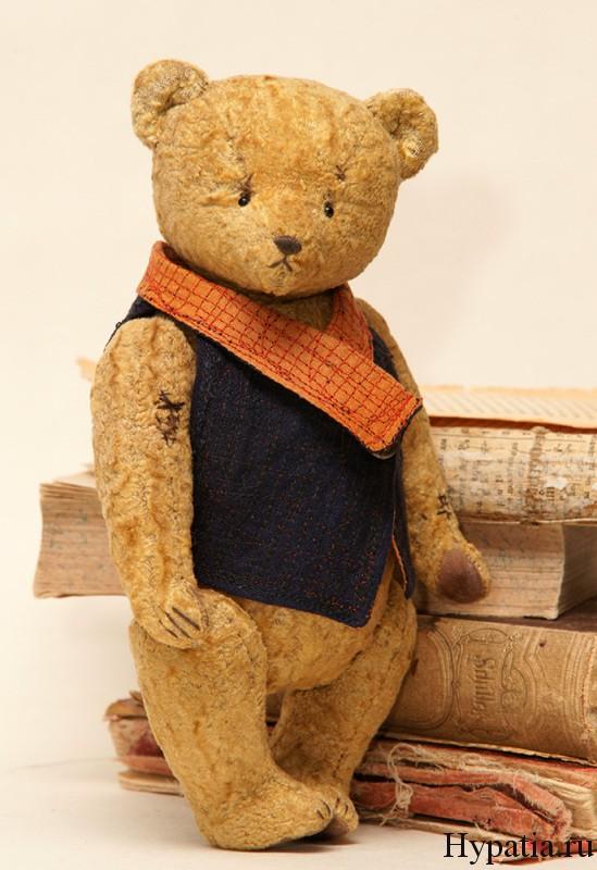 Авторский медведь коллекционный.