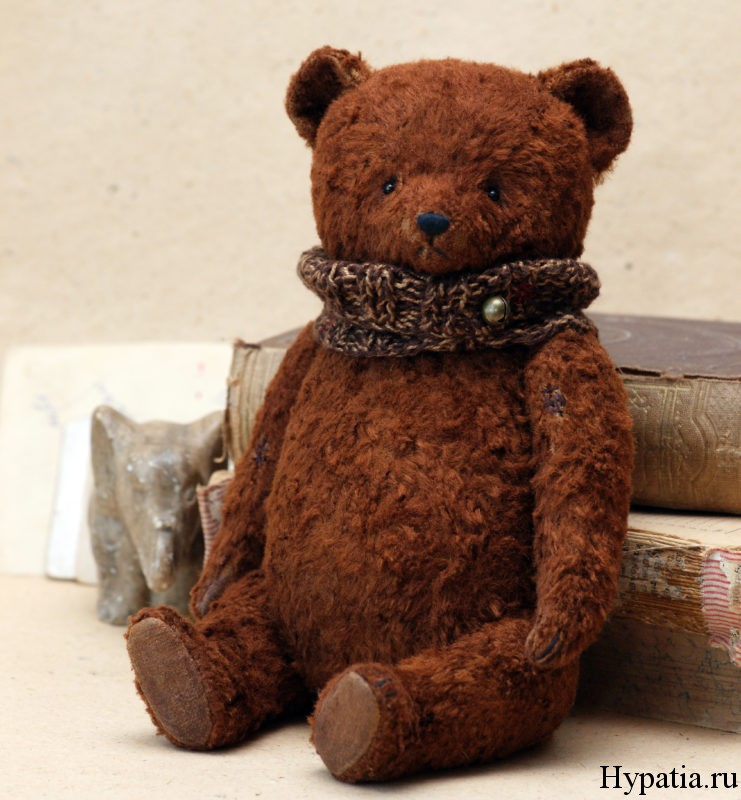 Медведь из советского плюша
