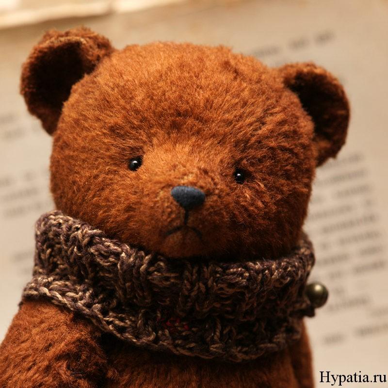 Советский плюшевый медведь.