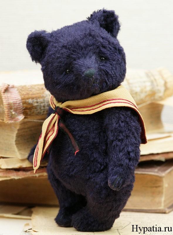 Фиолетовый медведь с пожвижными лапами и головой